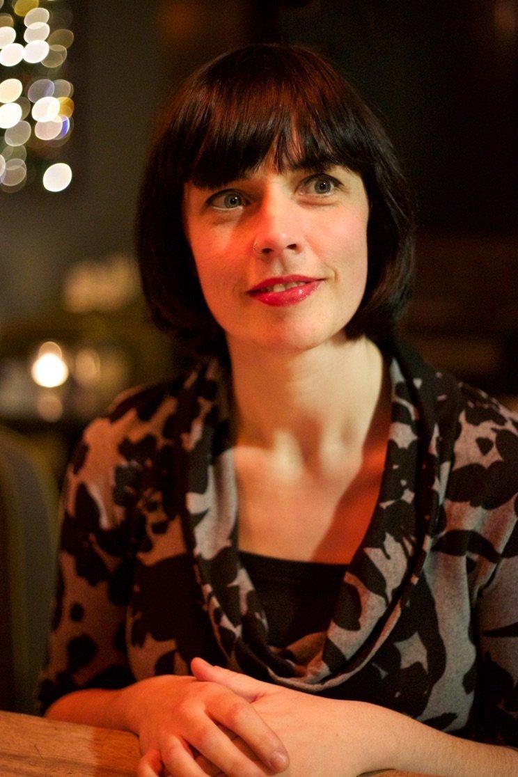 Doireann Ní Ghríofa Receives 2016 Rooney Prize